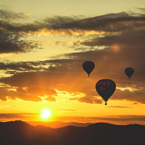 romantiskas skrydis oro balionu dviems